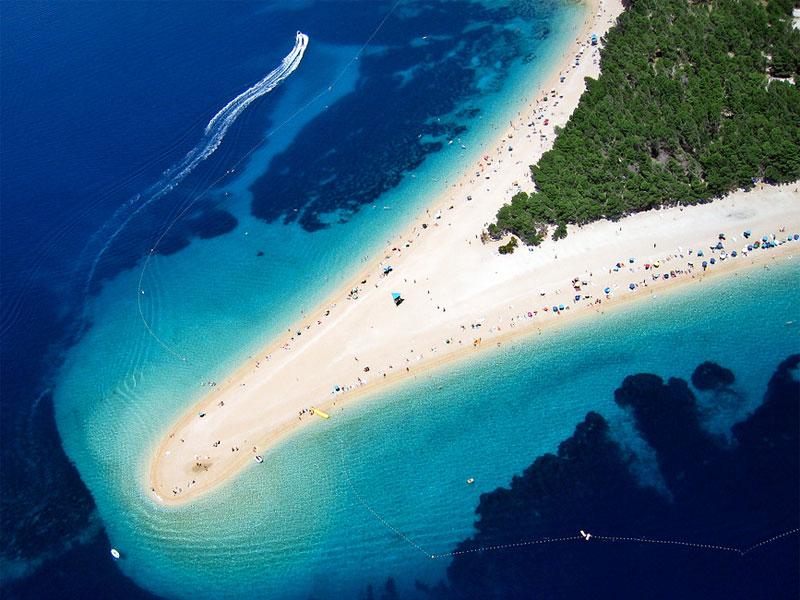 Золотой мыс - самый знаменитый пляж на острове Брач